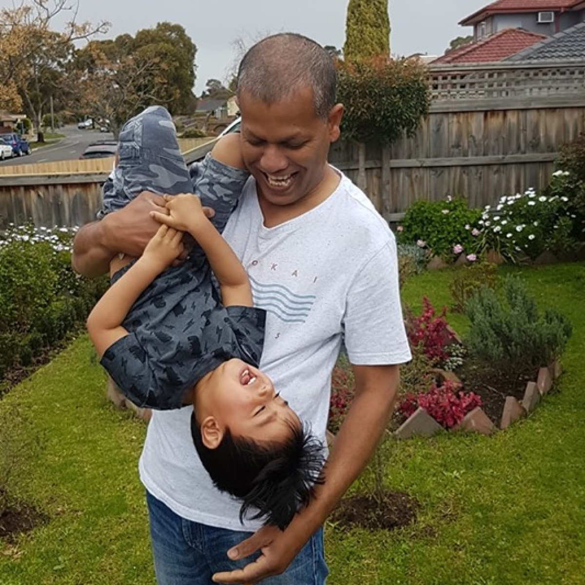 Most Likes: Preethi Sugath Fernando - Life is upside down except with Dad!